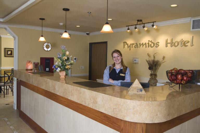 Pyramids Hotel Reception